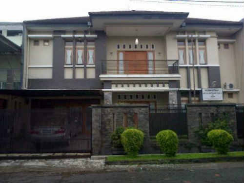 rumah dijual di cibeunying bandung rp 1 miliar an